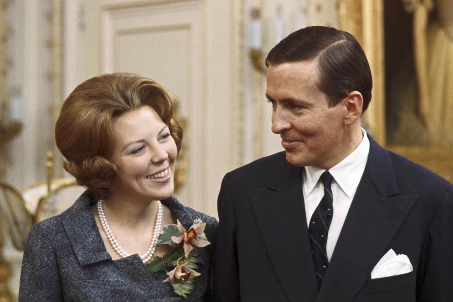 Prinses Beatrix en prins Claus op Paleis Soestdijk.