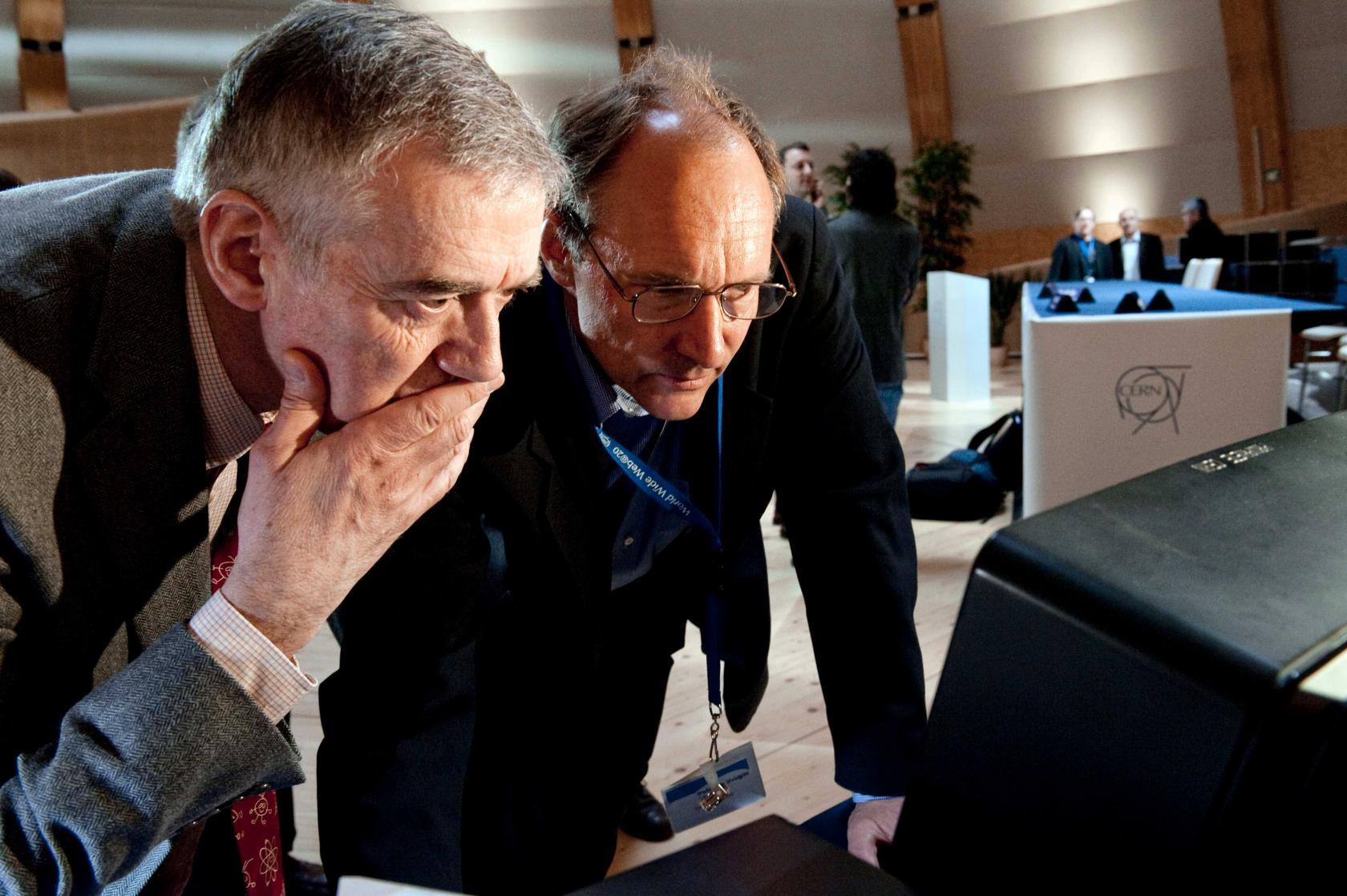 Tim Berners-Lee, Robert Cailliau world wide web