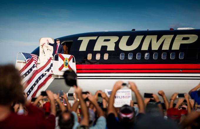 Trump tijdens een rally in Stanford bij Orlando in de staat Florida. ANP / Freek van den Bergh