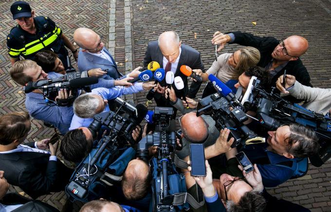 Minister Stef Blok van Buitenlandse Zaken (VVD) staat de pers te woord op het Binnenhof. ANP / Remko de Waal