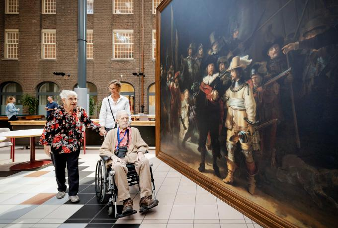 Rijksmuseum brengt levensgrote Nachtwacht naar verzorgingshuizen. ANP / Robin van Lonkhuijsen