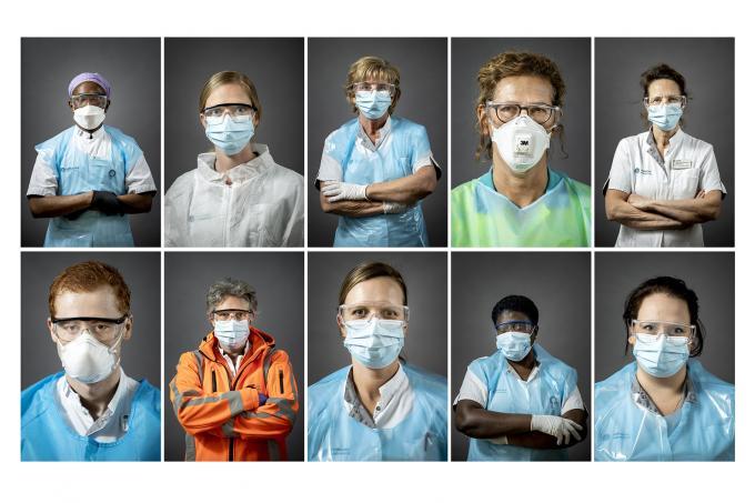 Een selectie foto's van het zorgpersoneel Catharina Ziekenhuis door Koen van Weel en Robin van Lonkhuijsen.