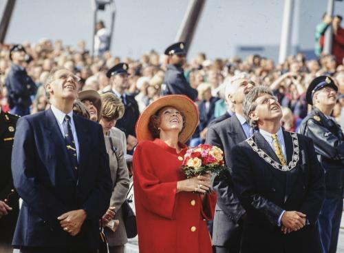 Koningin Beatrix opent Erasmusbrug in Rotterdam, 4 september 1996
