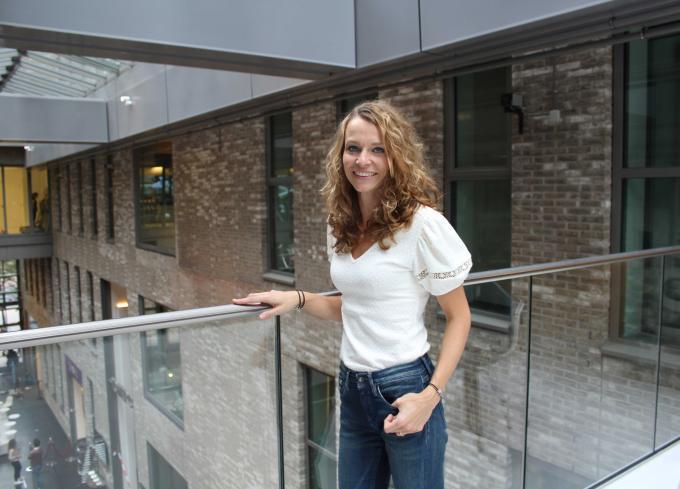 Agendaredacteur Maja Micudova in het WTC, waar de redactie van het ANP is gevestigd.